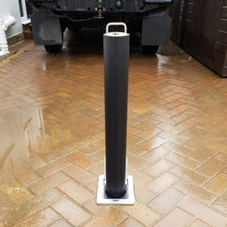 Driveway bollards for medium to large vehicles